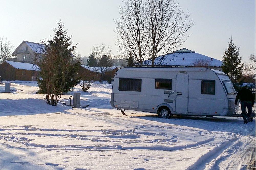 Wintercamping Teil 3 - Frischwasser und Abwasser -Tipps zum campen im Schnee 6