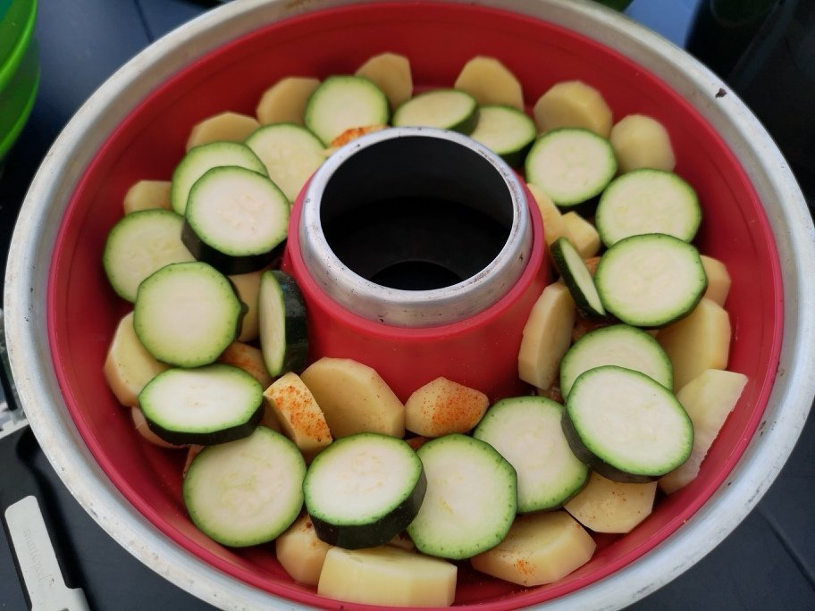Camping Rezept - Buntes Gemüse aus dem Omnia 2