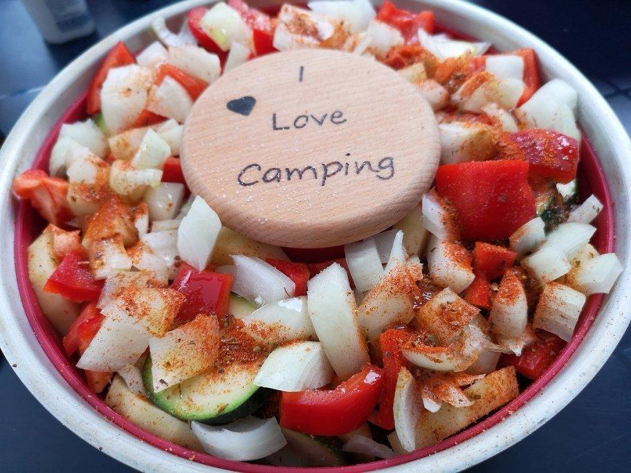 Camping Rezept - Buntes Gemüse aus dem Omnia 4