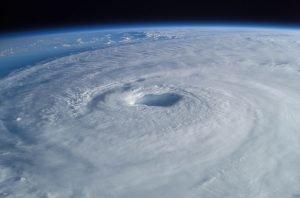 Beitragsbild sturmsicher Orkan Satelittenaufnahme